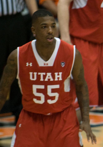 Delon Wright - Wright playing for the Utah Utes in 2015