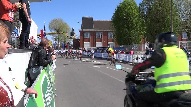 File:Denain - Grand Prix de Denain, le 17 avril 2014 (A384B).ogv