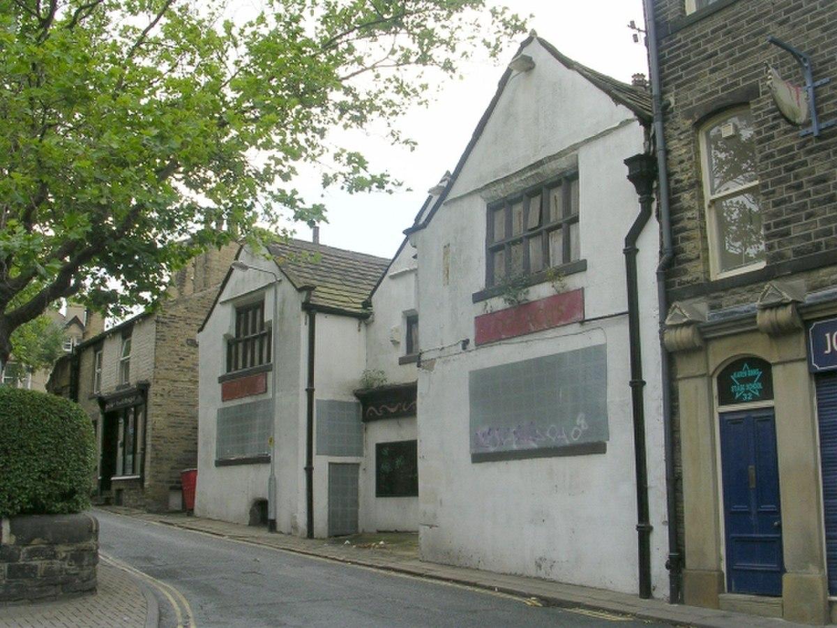 Derelict Property - Northgate - geograph.org.uk - 1452272.jpg
