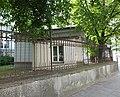 Dom dozorcy i ogrodzenie pw.jpg