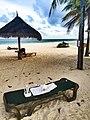 Drohnen Landeplatz Malediven (29775035805).jpg