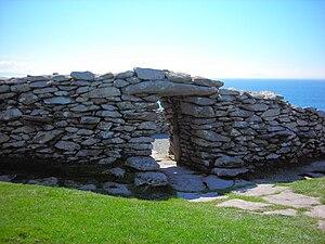 Corcu Duibne - The Dunbeg Fort on the Dingle Peninsula