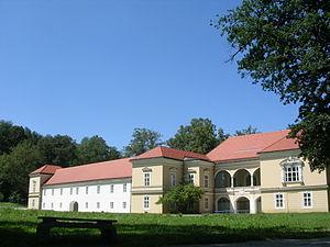 Ravne na Koroškem - Image: Dvorec Ravne