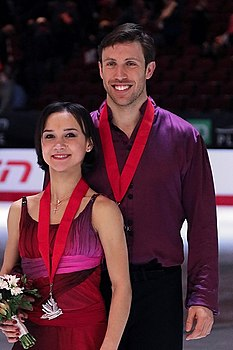Dylan Moscovitch and Liubov Ilyushechkina in 2017.jpg