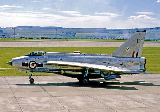 EE Lightning F.6 XS938 23.E Leuchars 17.07.70 edited-3