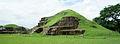 ES San Andres 05 2012 Estructuras 1 y 2 La Acropolis 1544.JPG