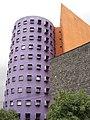 """Edificio """"rallador"""" del CNA - panoramio.jpg"""