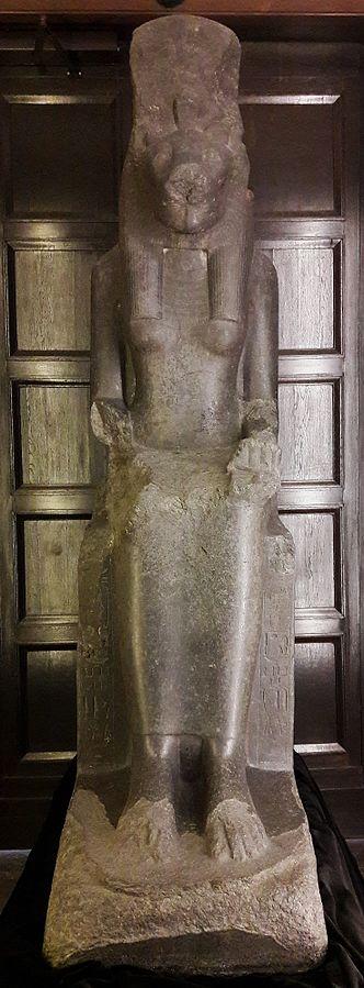 Posąg bogini Sachmet