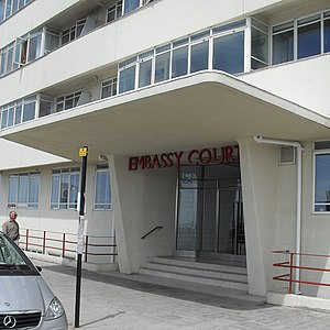 Embassy Court - The original appearance of the entrance was restored during the 2004–06 renovation work.