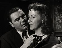 http://upload.wikimedia.org/wikipedia/commons/thumb/f/f6/Ernest_Borgnine-Betsy_Blair_in_Marty_trailer.jpg/220px-Ernest_Borgnine-Betsy_Blair_in_Marty_trailer.jpg