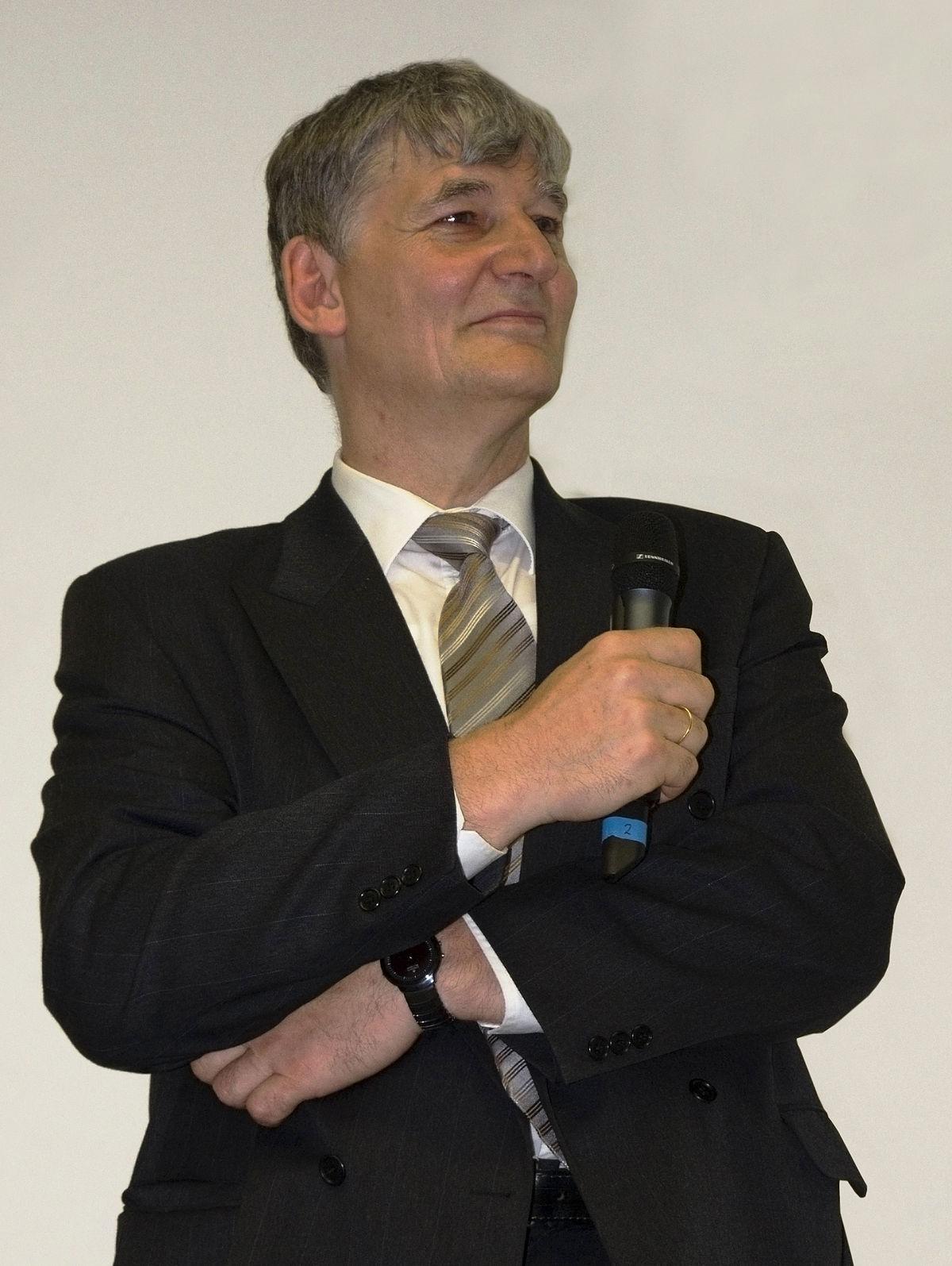 Ernst Schmachtenberg – Wikipedia