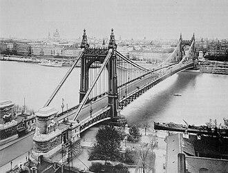 Elisabeth Bridge (Budapest) - The original eclectic flamboyant style bridge