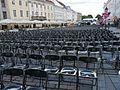 Ettevalmistused kinoseansiks filmifestivalil tARTuFF Tartus Raekoja platsil, 9. august 2012.jpg