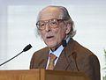 Eugene Garfield HD2007 podium.jpg