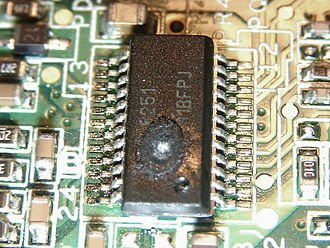 Overheating (electricity) - Image: Failed SMPS controller IC ISL6251