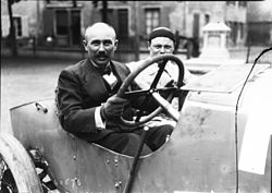 Ferenc Szisz at the 1914 French Grand Prix (3).jpg