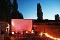 Freiluftkino Pompeji - Open Air am Ostkreuz - Leinwand und Konzertbühne.jpg