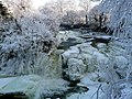 Frozen Bonnington Linn - geograph.org.uk - 1656350.jpg