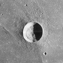 Galilaei crater 4162 h2.jpg