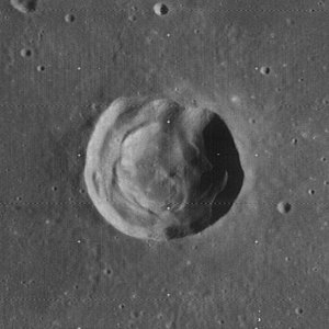 Galle (lunar crater) - Image: Galle crater 4103 h 3