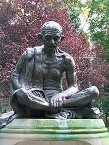 Gandhi Statue, Tavistock Sq London.JPG