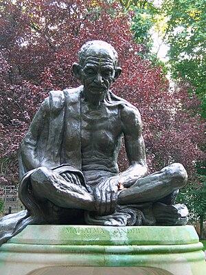 Fredda Brilliant - Brilliant's statue of Mahatma Gandhi in Tavistock Square London