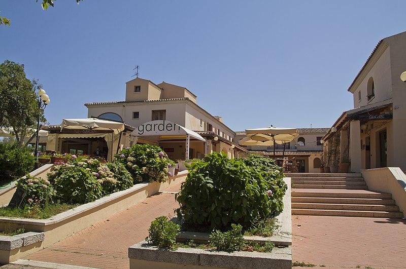 File:Garden Cafè - panoramio.jpg