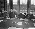 Generaal Ridgway bezoekt Ministerraad, Bestanddeelnr 905-3301.jpg