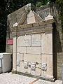 Gibraltar aqueduct fountain 2.jpg
