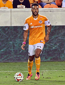 Giles Barnes, Houston Dynamo vs D.C. United. August 3, 2014.jpg