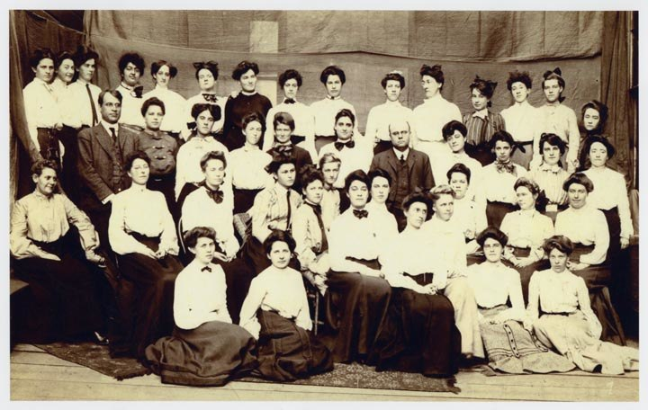 Graduating class, State Normal School at San Francisco, June 1906