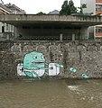 Graffiti, Wienfluss-Hochwasser Juni2009b.jpg