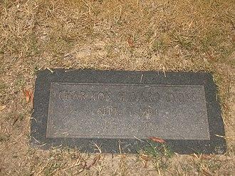 Charlton Lyons - The gravestone of Charlton Havard Lyons, Sr., at Shreveport's Forest Park East Cemetery
