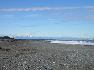 Greymouth - Aoraki / Mount Cook and other mountains from Greymouth's beach
