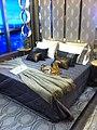 HK ICC Imperial Cullinan showflats 西九龍 瓏璽 房展 示範單位 masterbedroom bed July-2011.jpg