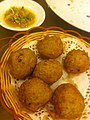 HK Sai Ying Pun 名星海鮮酒家 Star Seafood Restaurant food 蜆芥鯪魚球 Deep Fried Dace Fishballs March-2012.jpg