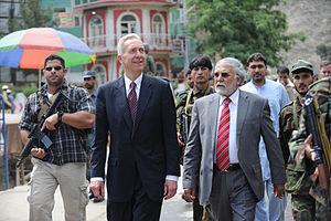 Asadabad, Afghanistan - Image: Hans Klemm with Fazlullah Wahidi in 2011