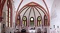 Heiligendamm, die Waldkirche, der Innenraum verfällt.JPG