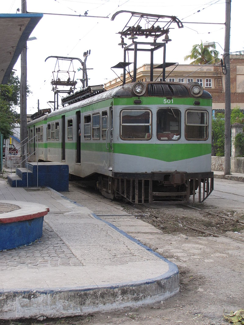 https://upload.wikimedia.org/wikipedia/commons/thumb/f/f6/Hershey_Electric_train_at_Havana_Casablanca.jpg/800px-Hershey_Electric_train_at_Havana_Casablanca.jpg