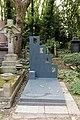 Highgate Cemetery - East - Patrick Caulfield 01.jpg