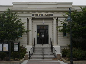 Hollister, California - Hollister's City Hall