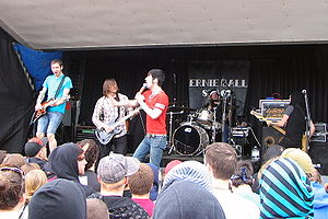 Honor bright warped tour buffalo.jpg