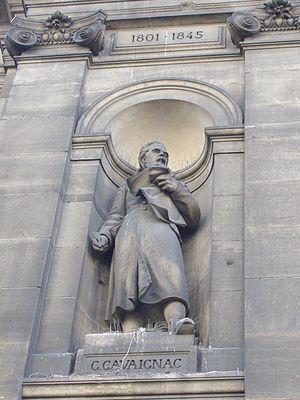 Éléonore-Louis Godefroi Cavaignac - Cavaignac statue at the Hôtel de Ville, Paris