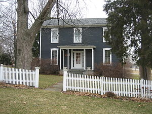 Hubbard House (Illinois) - The simple I-house plan of the 1872 addition is plainly visible when the home is viewed from the front.