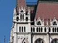 Hungarian Parliament, southeast corner detail, 2013 Budapest (385) (13227608343).jpg