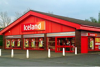 Iceland (supermarket) - The exterior of an Iceland supermarket in Horwich, Bolton, Greater Manchester.