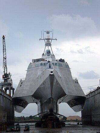 Littoral combat ship - Trimaran hull of an Independence-class LCS