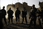 Iraqi and U.S. Soldiers Conduct Combined Cordon and Search DVIDS113985.jpg