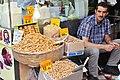 Istambul - Turquia - Bazar das Especiarias (7372861370).jpg