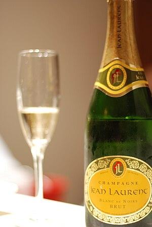 A brut Blanc de noir Champagne